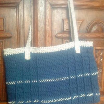 sac bleu et beige