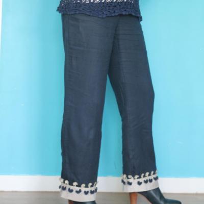 Pantalon allongé avec entre deux au crochet